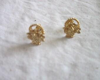 Vintage Gold tone Flower Basket Petite Pierced Earrings