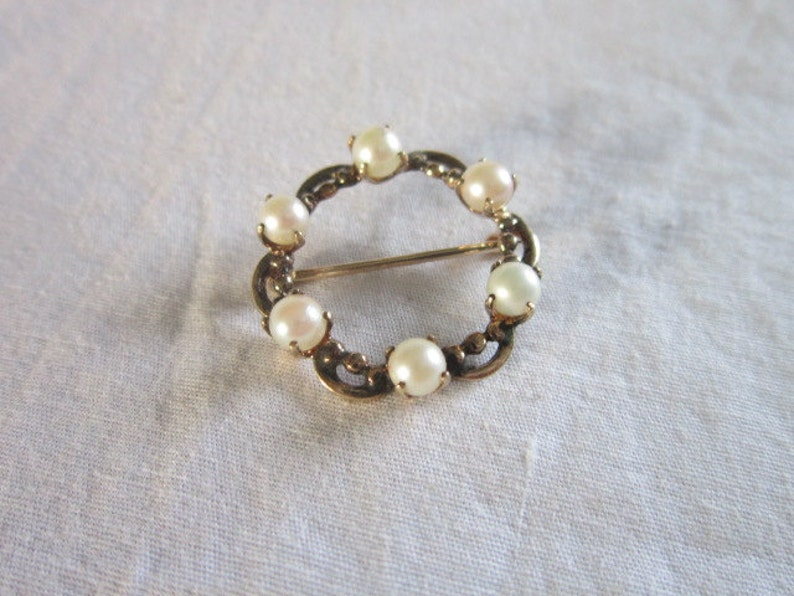 Antique 10 K solid Gold /& real Pearl Circle Brooch