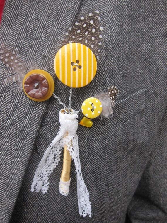 Unique en boutonnière en jaune