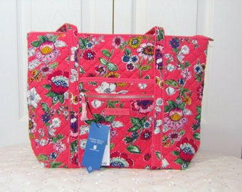 0243c46fc9 Vera Bradley Floral Coral Iconic Small Vera Tote - NWT - Retired Shoulder  Bag Purse MSRP 78.00