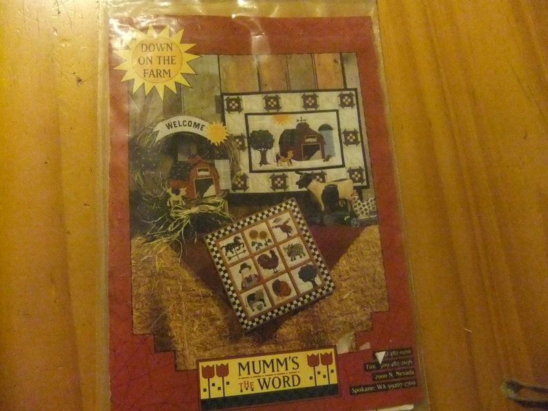 Down On The Farm Quilt Pattern/Vintage Pattern/Mumm's The Word Co