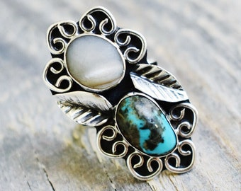 Old Pawn Vintage Turquoise and Mother of Pearl Ring