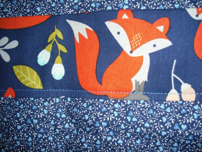 Mrs BowWow/'s Reversible Bold Foxy Doggie Apron