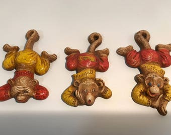 Vintage M.P. 1948 Monkey Collectable Seezall Heerzall Tellzall Wooden Wall Hanging 3pc Set RARE FREE SHIPPING