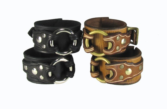 Leather BDSM Cuffs Slave Collar Dual Ring Submissive Leather  Bondage Cuffs