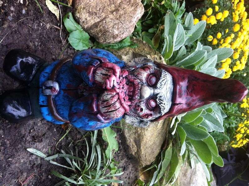 Eatmore Guts Zombie Gnome image 0