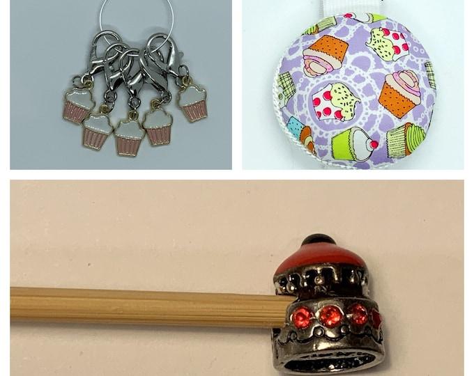 Cupcake Crochet Gift Set includes 15cm 4mm crochet hook, wrist pin cushion and crochet clips