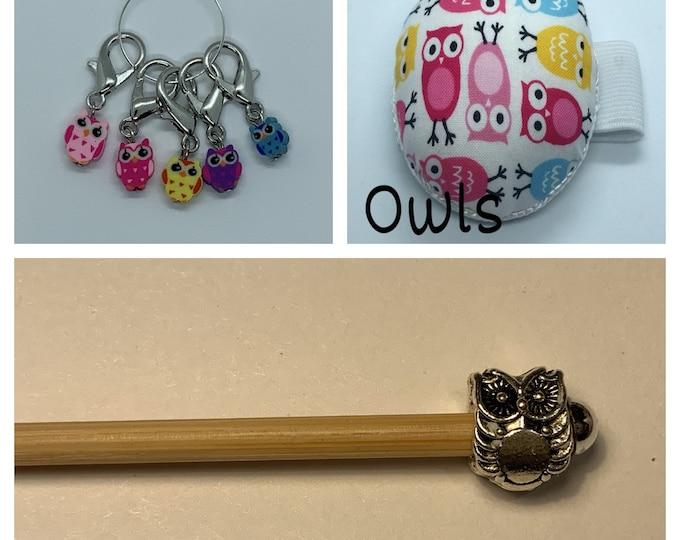 Owls Crochet Gift Set includes 15cm 4mm crochet hook, wrist pin cushion and crochet clips