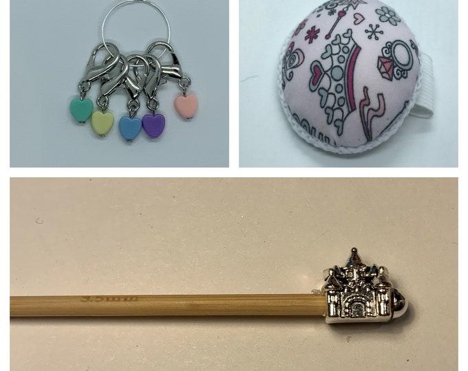Princess Crochet Gift Set includes 15cm 4mm crochet hook, wrist pin cushion and crochet clips