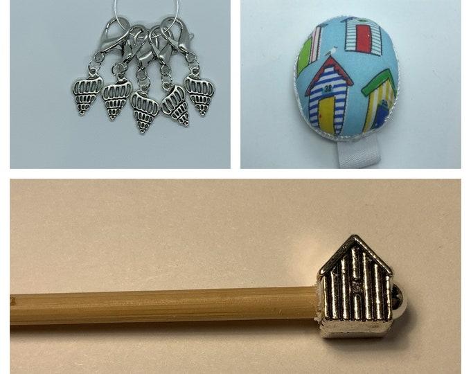 Beach Hut Crochet Gift Set includes 15cm 4mm crochet hook, wrist pin cushion and crochet clips