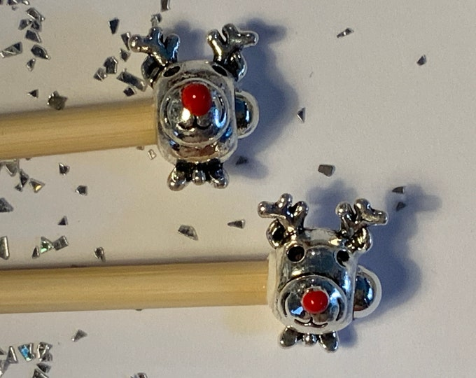 Limited Edition Christmas Beaded Knitting Needles and Hooks Reindeer sizes 3-5mm