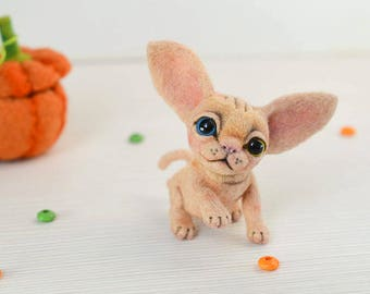 Needle felted sphynx kitten. Little felt cat. Sweet animal. Funny toy. Cute little toy. Gift for her. Pet for Blythe doll.