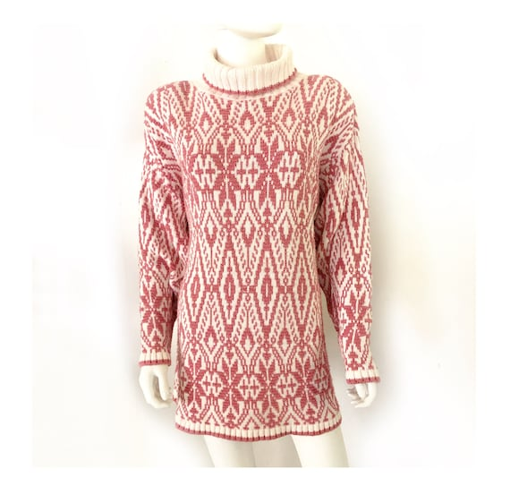 Vintage 1980s oversized pink and cream graphic tur