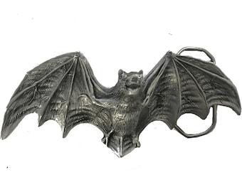 Vintage Large Bat Belt Buckle - Pewter - Rare - Dracula - Megabat - Flying - Night Creature - Wings - Scary - Animal