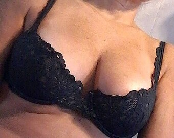 ec9dc0bb55 Black bra