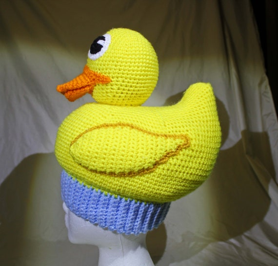 Rubber Duck Amigurumi Pattern This little guy takes an ... | 544x570