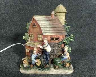 Country Barn Scene Featured as a  3D Night Light - Vintage TV Lamp - Shelf Decor