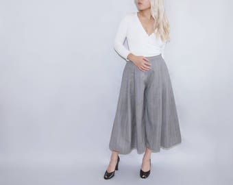 Dramatic grey wool wide-legged pleated capris culottes palazzo pants trousers, retro