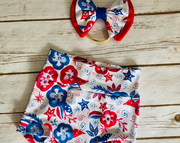 Patriotic Floral Bummies/Infant Bummies/Infant Shorts/High Waisted Bummies/Baby Bummies/Red and Blue/Patriotic Bummies/Fourth of July/