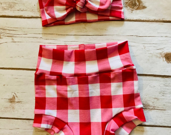 Red Pink and White  Checkered Watercolor Bummies/Infant Bummies/Infant Shorts/High Waisted Bummies