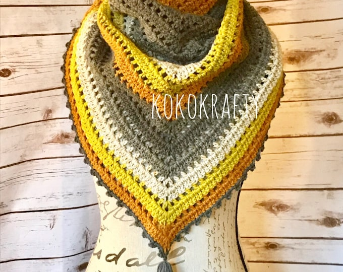 Crochet Triangle Scarf, Shawl, triangular scarf/shawl, crochet scarf, crochet shawl, womens scarf, Gifts for her,Mothers Day Gift