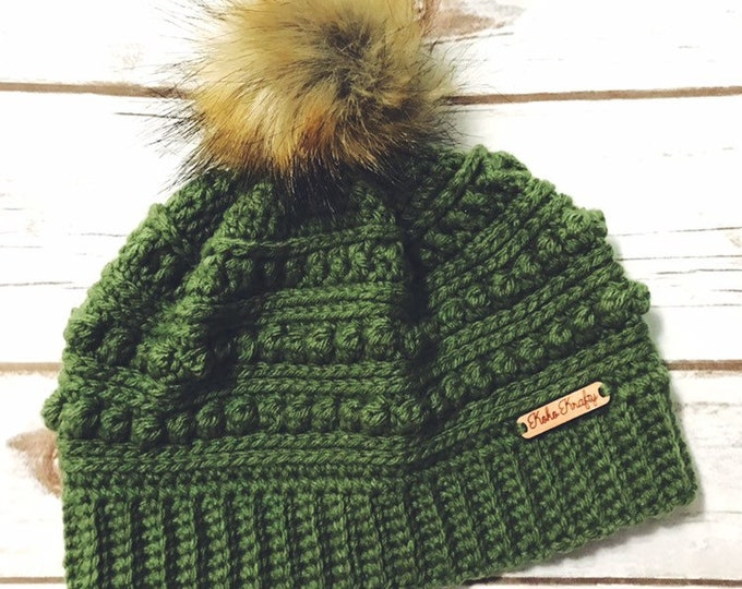 Winter Hat, Faux fur pom pom, Crochet Beanie, Holiday Gift, Christmas Gift, Stocking Stuffer, Gifts for her, Crochet Beanie