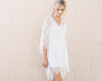 White Lace Bridal Robe For the Wedding Morning, Floral Lace Getting Ready Robe With White Slip, White Sheer Lace Bridal Robe, Unique Robes