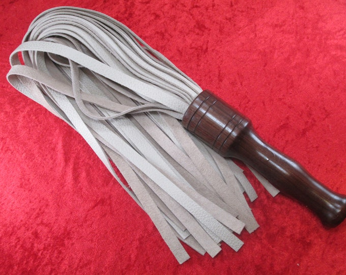 Stunning Cream White Cow Leather Flogger with a HandTurned Rosewood Handle!