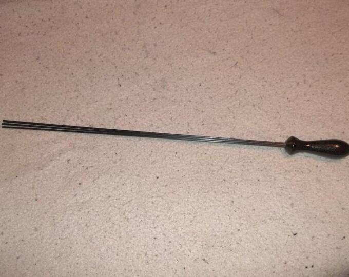 Handmade Widows Kiss with 2MM Carbon Fiber Rods