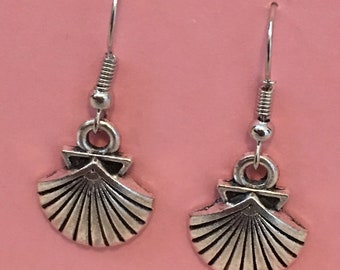 Elegant Bohemian Boho Sand dollar Starfish Shell Dangle Earrings   Free Shipping