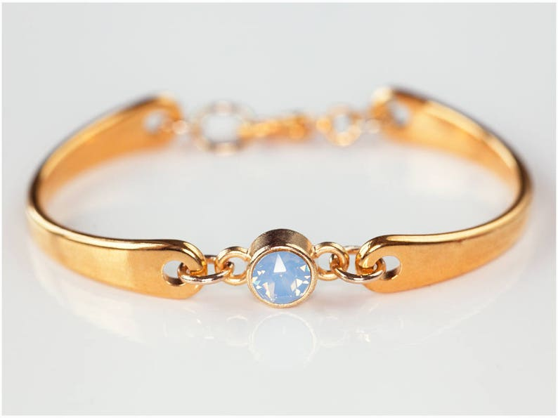 Petite Bracelet with Adjustable Size  Blue Pearl  Gold Rosegold /& Silver  Swarowski Elements Pearl