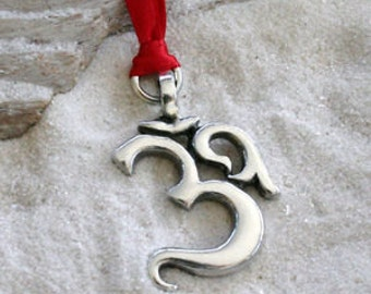 Pewter Ohm Om Yoga Buddha Namaste Christmas Ornament and Holiday Decoration (53E)