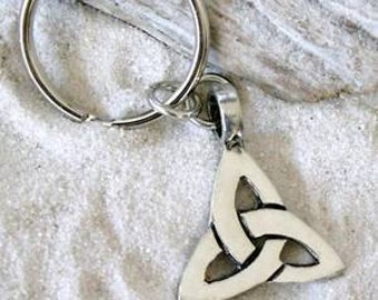 Pewter Triquetra Knot Celtic Triangle Trinity Keychain Key Ring(21A)