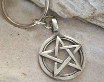 Pewter Pentagram Pagan Wiccan Pentacle Keychain Key Ring (29I)