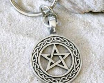 Pewter Pentagram Celtic Knot Pagan Wiccan Pentacle Keychain (20I)