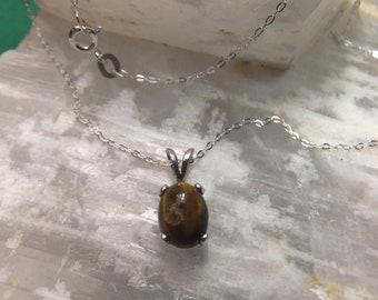 """9x7mm Tigerseye Cabochon & Sterling Silver 18"""" Necklace"""
