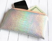 Mermaid Pouch / Holographic pouch, iridescent bag, small pouch, pastel pouch, customizable color zipper