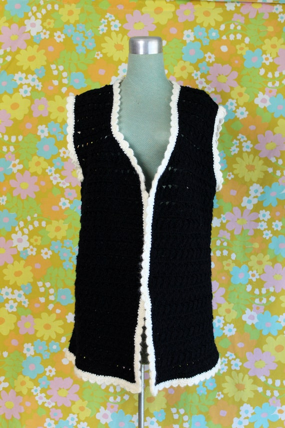Vintage 1960's Handmade Crochet Knit Black White … - image 1
