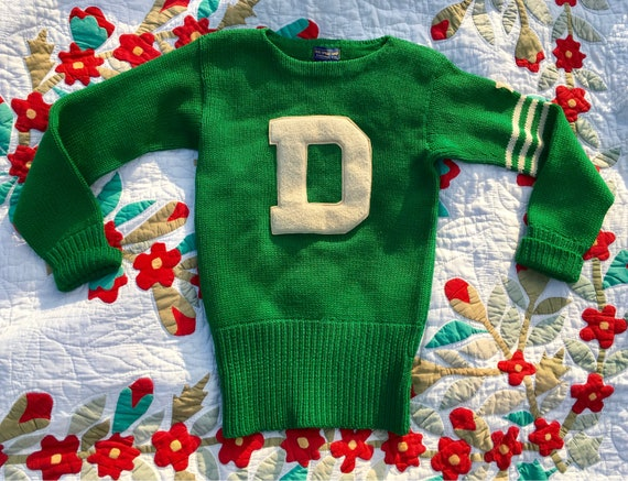 """1940s 1950s Kelly Green """"D"""" Pullover Letterman Swe"""