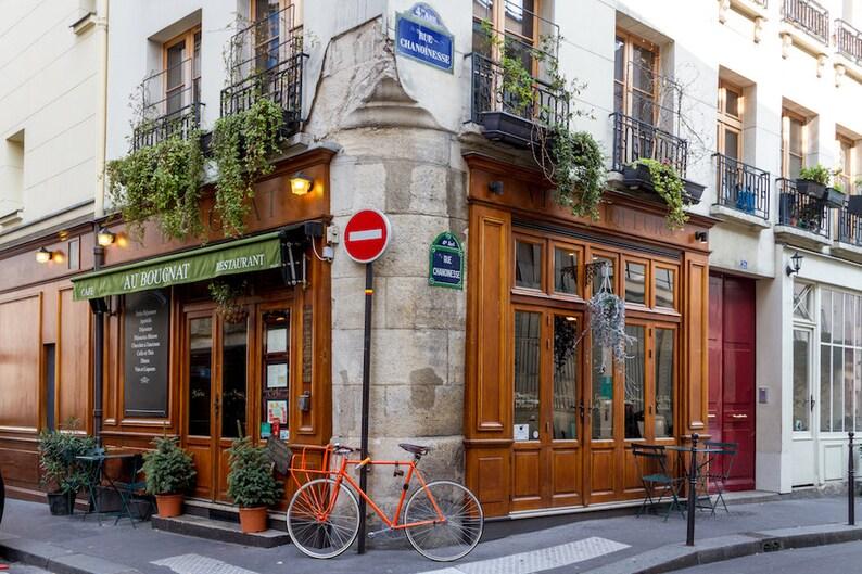 Au Bougnat photo Paris restaurant bicycle photo fine art image 0