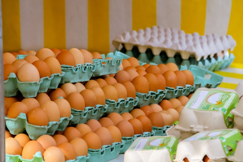 Fresh marché eggs in Paris kitchen photography food photo image 0