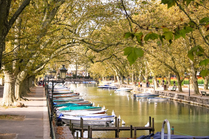 Annecy Alsace boat picture France photo Falling Off image 0