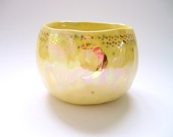 Opalescent Aura Starry Gold Moon Yunomi Tea Cup in Yellow Ombre