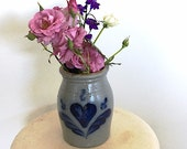 Vintage Rowe Pottery Works Crock, Stoneware Crockery, Rustic Cobalt Blue Heart Design, made in Cambridge, Wisconsin USA, Farmhouse Kitchen