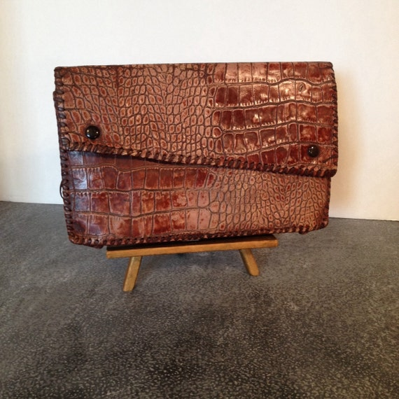 Wondrous Vintage Alligator Leather Clutch Mid Century Fold Over Purse Made In England Ocoug Best Dining Table And Chair Ideas Images Ocougorg