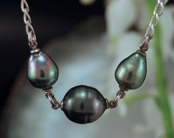 Tahitian  Black Pearls  w/ Argentium Silver chain