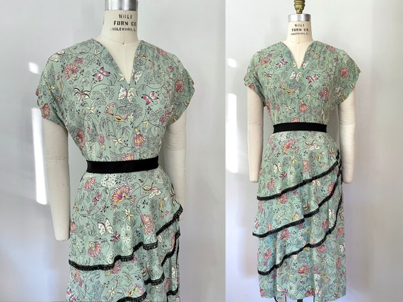 1940s Aqua Novelty Print Lace Trimmed  Dress