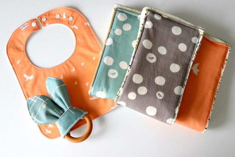 Baby Shower Gift Organic Baby Burp Cloths Organic Burp Cloth Set of 3 Newborn Baby Gift Basic Dots Baby Essentials Burp Rag