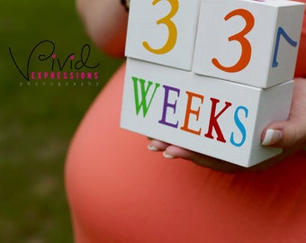 Wooden Baby Age Blocks - Photo Prop - 0 - 43 Weeks, Months, Years and Grade - Neutral Colors on White
