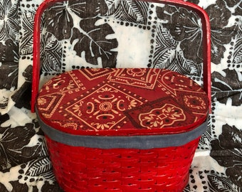 Vintage 1960's Red Bandanna Wicker Picnic Basket Handbag Purse KittensCaboodles